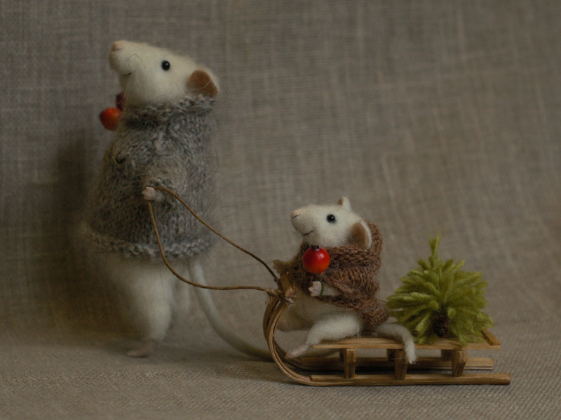 fadeeva_christmas_mice7.jpg