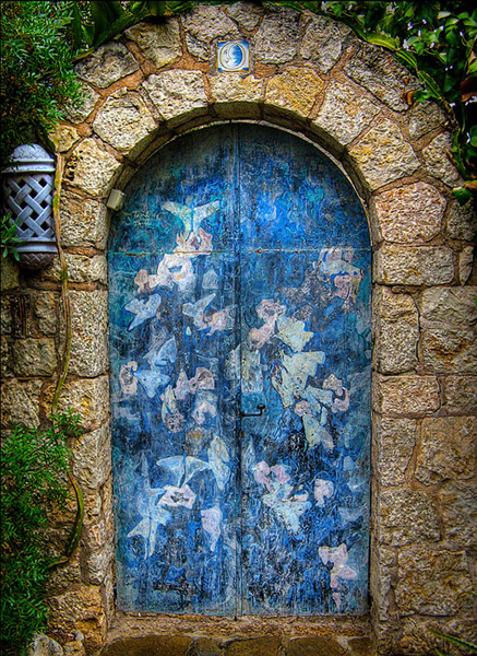 amazing-old-vintage-doors-photography-14.jpg