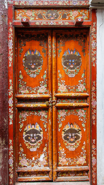 amazing-old-vintage-doors-photography-34.jpg