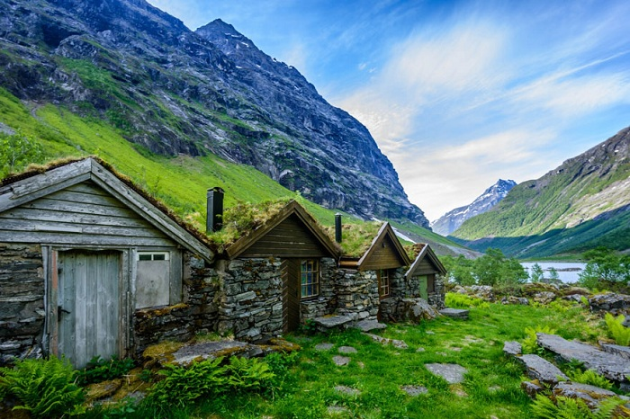 fairytale-architecture-norway-2__880.jpg