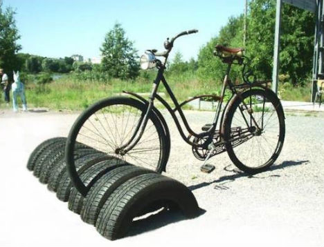 recycled-tires-bike-stand.jpg